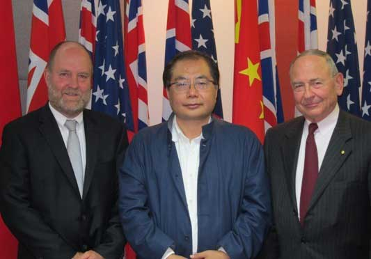 Doctor Maurice Newman, Chairman of the Board, ABC (right), Mr. Xiao Wunan, Executive Vice President, APECF (middle) and Mr. Bruce Dover, CEO of Australia Network, ABC (left)